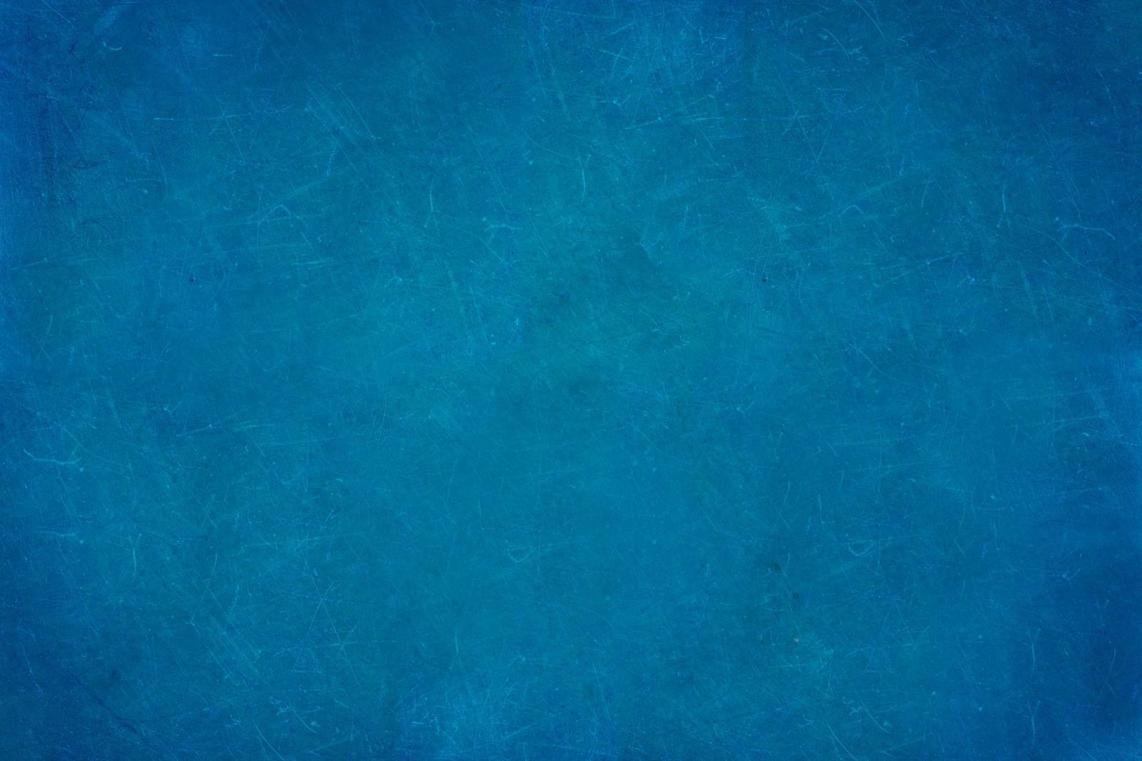 blue background e1533025902138